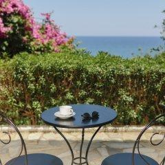 Отель Douka Seafront Residences пляж фото 2
