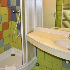 Hotel Inturprag ванная