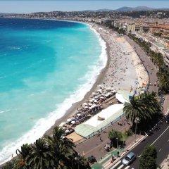Отель Nice Excelsior Франция, Ницца - 5 отзывов об отеле, цены и фото номеров - забронировать отель Nice Excelsior онлайн пляж фото 2