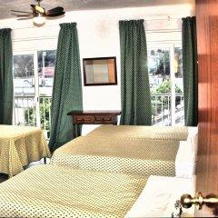 Отель Hostal Isabel Испания, Бланес - отзывы, цены и фото номеров - забронировать отель Hostal Isabel онлайн комната для гостей фото 5