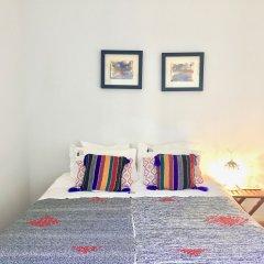 Отель YOURS GuestHouse Porto комната для гостей фото 4