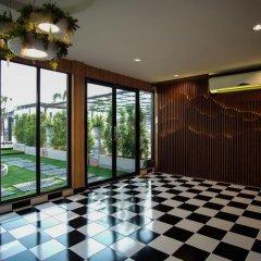 Отель The O-zone Airport Inn Бангкок развлечения