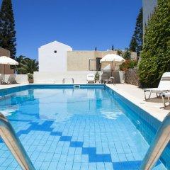 Отель Villa Iokasti Греция, Херсониссос - отзывы, цены и фото номеров - забронировать отель Villa Iokasti онлайн бассейн фото 2