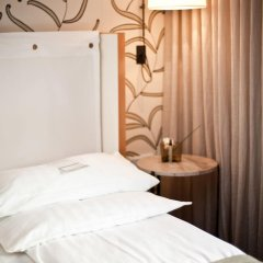 Cortiina Hotel сейф в номере