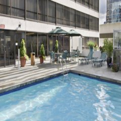 Отель Hyatt Regency Vancouver Канада, Ванкувер - 2 отзыва об отеле, цены и фото номеров - забронировать отель Hyatt Regency Vancouver онлайн с домашними животными