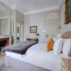Отель Lancaster Paris Champs-Elysées Франция, Париж - 1 отзыв об отеле, цены и фото номеров - забронировать отель Lancaster Paris Champs-Elysées онлайн комната для гостей фото 2