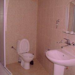 Отель Alabin Central Болгария, София - отзывы, цены и фото номеров - забронировать отель Alabin Central онлайн ванная