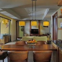 Отель Trou aux Biches Beachcomber Golf Resort & Spa в номере