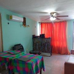 Отель Hostal Chobyhouse - Hostel Мексика, Канкун - отзывы, цены и фото номеров - забронировать отель Hostal Chobyhouse - Hostel онлайн комната для гостей