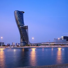 Отель Andaz Capital Gate Abu Dhabi - A Concept By Hyatt Абу-Даби пляж фото 2