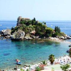 Отель B&B Villa Maria Giovanna Италия, Джардини Наксос - отзывы, цены и фото номеров - забронировать отель B&B Villa Maria Giovanna онлайн пляж