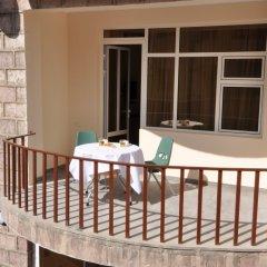 Отель Albert House Hotel Армения, Ереван - 1 отзыв об отеле, цены и фото номеров - забронировать отель Albert House Hotel онлайн балкон