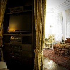 Отель Walk to Milano Duomo Италия, Милан - отзывы, цены и фото номеров - забронировать отель Walk to Milano Duomo онлайн удобства в номере фото 2