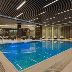 Отель Hilton Istanbul Kozyatagi бассейн
