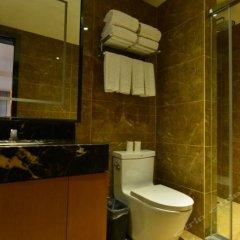 Отель Beijing Jinshi Building Hotel Китай, Пекин - отзывы, цены и фото номеров - забронировать отель Beijing Jinshi Building Hotel онлайн ванная фото 2