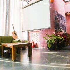 Отель Beijing Home Youth Hostel Китай, Пекин - отзывы, цены и фото номеров - забронировать отель Beijing Home Youth Hostel онлайн интерьер отеля
