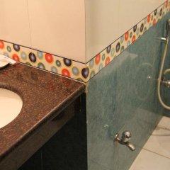 Отель Saptagiri Индия, Нью-Дели - отзывы, цены и фото номеров - забронировать отель Saptagiri онлайн ванная