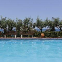 Отель Douka Seafront Residences бассейн фото 2