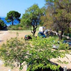 Отель Guedin Sea Side House парковка