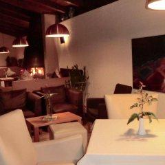 Отель Angerburg Blumenhotel Аппиано-сулла-Страда-дель-Вино питание фото 2