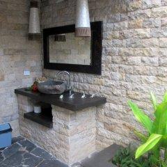 Отель Mantaray Island Resort ванная