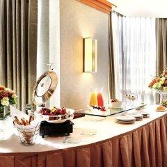 Отель DoubleTree by Hilton Hotel Toronto Downtown Канада, Торонто - отзывы, цены и фото номеров - забронировать отель DoubleTree by Hilton Hotel Toronto Downtown онлайн в номере