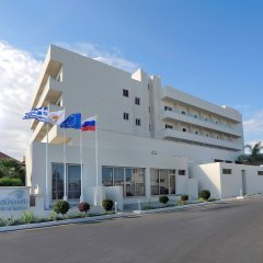 Nissiana Hotel & Bungalows развлечения