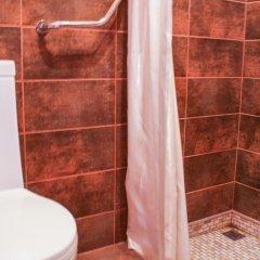 Отель Takht House Армения, Дилижан - отзывы, цены и фото номеров - забронировать отель Takht House онлайн ванная
