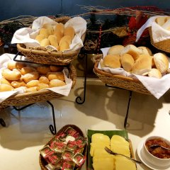 Отель Azalea Residences Baguio Филиппины, Багуйо - отзывы, цены и фото номеров - забронировать отель Azalea Residences Baguio онлайн питание фото 3
