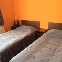 Hotel Kris Смолян сейф в номере
