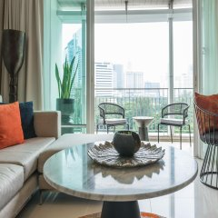 Отель Dusit Suites Hotel Ratchadamri, Bangkok Таиланд, Бангкок - 1 отзыв об отеле, цены и фото номеров - забронировать отель Dusit Suites Hotel Ratchadamri, Bangkok онлайн комната для гостей фото 5