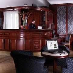 Elysee Hotel Prague Прага гостиничный бар