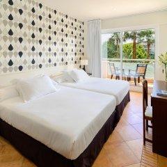 Отель H10 Vintage Salou комната для гостей