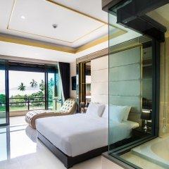 Отель Aqua Resort Phuket 4* Представительский номер с различными типами кроватей