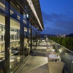 DoubleTree by Hilton Hotel Istanbul - Piyalepasa Турция, Стамбул - 3 отзыва об отеле, цены и фото номеров - забронировать отель DoubleTree by Hilton Hotel Istanbul - Piyalepasa онлайн балкон