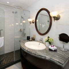 Отель Hanoi La Siesta Central Hotel & Spa Вьетнам, Ханой - отзывы, цены и фото номеров - забронировать отель Hanoi La Siesta Central Hotel & Spa онлайн ванная