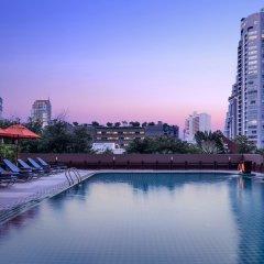 Отель Adelphi Grande Sukhumvit By Compass Hospitality Бангкок бассейн фото 3