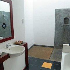 Отель Kassapa Lions Rock ванная фото 2