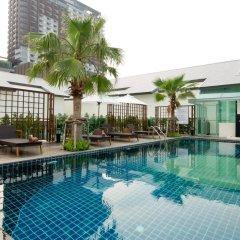 Отель Sunshine Hotel And Residences Таиланд, Паттайя - 7 отзывов об отеле, цены и фото номеров - забронировать отель Sunshine Hotel And Residences онлайн бассейн