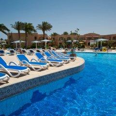 Отель Ali Baba Palace бассейн