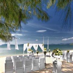 Отель The Westin Siray Bay Resort & Spa, Phuket Таиланд, Пхукет - отзывы, цены и фото номеров - забронировать отель The Westin Siray Bay Resort & Spa, Phuket онлайн фото 9