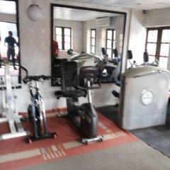Отель ED Scob Suites Limited фитнесс-зал фото 3