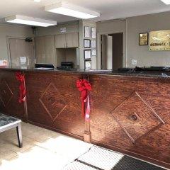 Отель Econo Lodge Saint Louis США, Сент-Луис - отзывы, цены и фото номеров - забронировать отель Econo Lodge Saint Louis онлайн интерьер отеля фото 3
