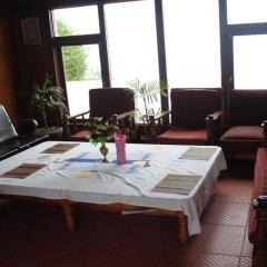 Отель Stupa Resort Nagarkot Непал, Нагаркот - отзывы, цены и фото номеров - забронировать отель Stupa Resort Nagarkot онлайн интерьер отеля фото 2