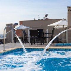 Отель Ganivet Испания, Мадрид - 7 отзывов об отеле, цены и фото номеров - забронировать отель Ganivet онлайн бассейн фото 3