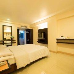 Отель Synsiri 3 Ladprao 83 Бангкок сейф в номере