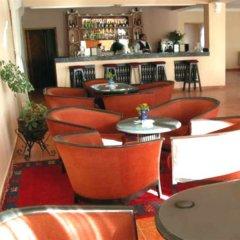 Отель Le Fint Марокко, Уарзазат - отзывы, цены и фото номеров - забронировать отель Le Fint онлайн гостиничный бар