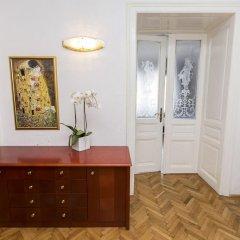 Отель Appartements Carlton Opera Австрия, Вена - 1 отзыв об отеле, цены и фото номеров - забронировать отель Appartements Carlton Opera онлайн удобства в номере