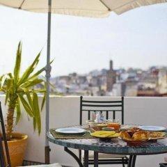 Отель Riad Arous Chamel Марокко, Танжер - 1 отзыв об отеле, цены и фото номеров - забронировать отель Riad Arous Chamel онлайн питание фото 2