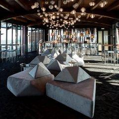 Отель Tivoli Oriente гостиничный бар
